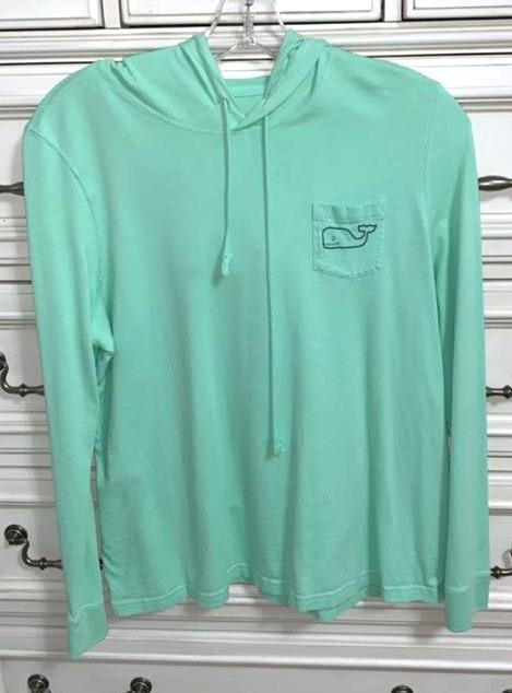 Vineyard Vines mint  shirt