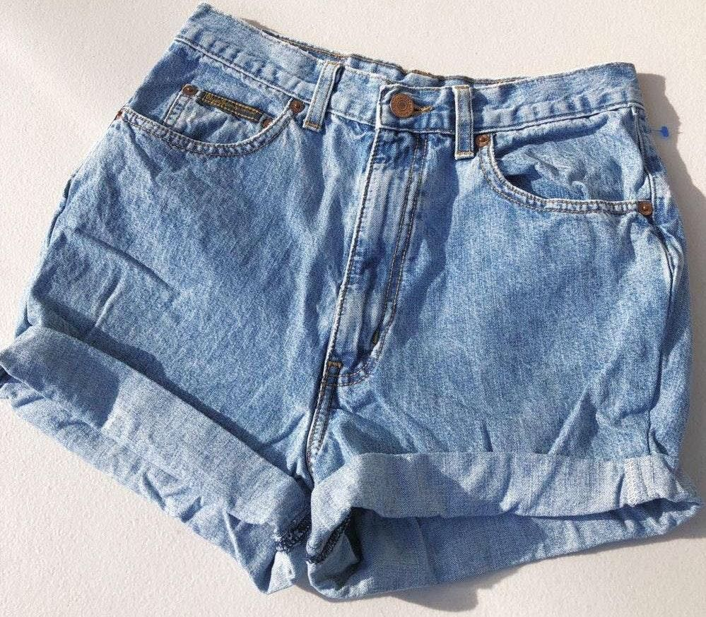 Pepe Jeans 90s Vintage  High Waisted Shorts ✨