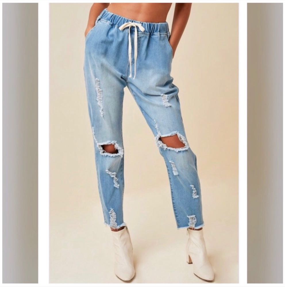 Hayden Distressed Street Style Ripped Jeans