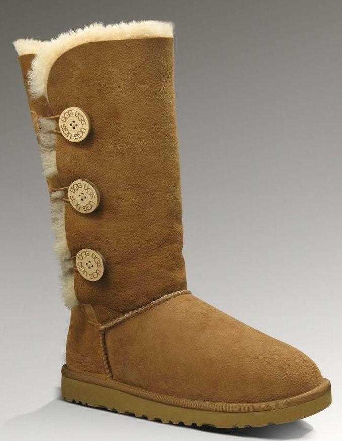 0368e2bd8a5 UGG 3 button boots!