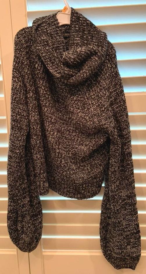 SheIn Soft Knit Sweater With Flowy Neck