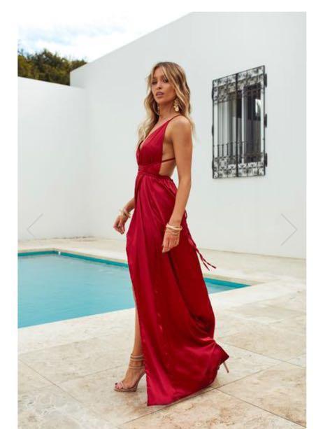 Xenia red satin prom maxi dress