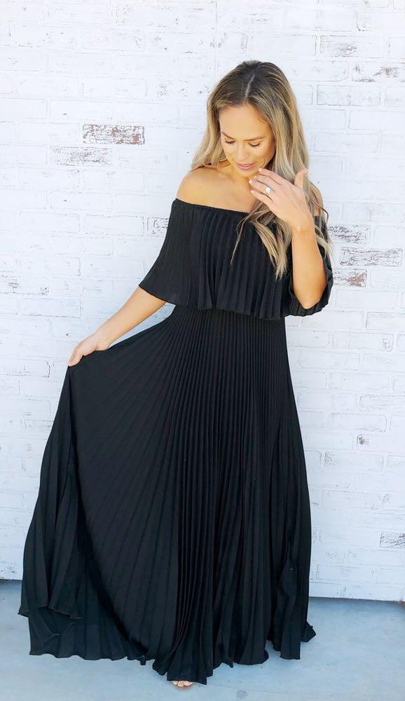 feb61241db04 Boutique Black Off The Shoulder Formal Dress