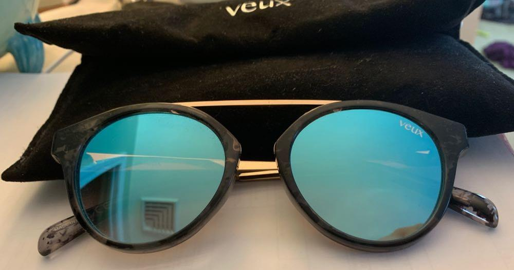White Fox Boutique Veux Blue Mirror Sunnies
