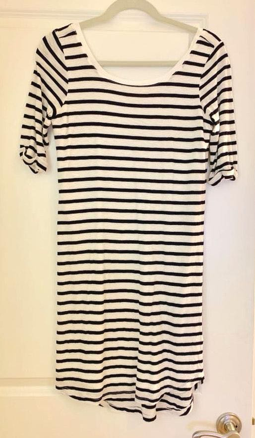 Splendid Stripped Navy And White T-Shirt Dress