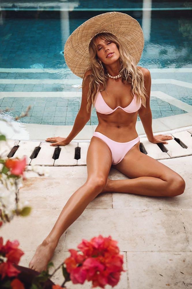Hello Molly Bikini top & bikini bottom