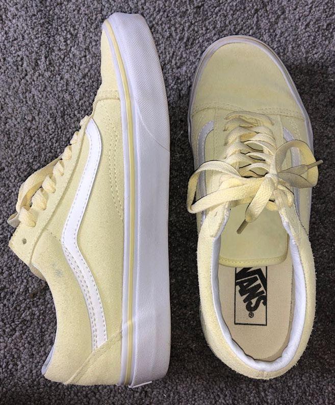Vans Pale Yellow Low top