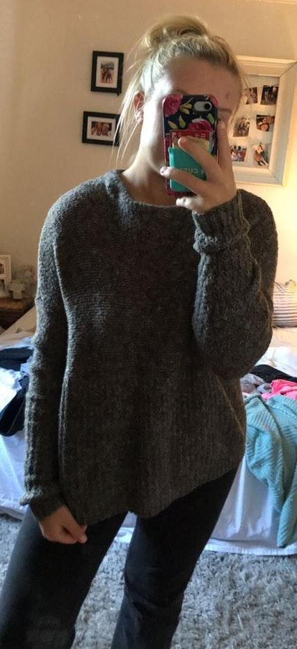 American Eagle Outfitters Grey Knit Sweater