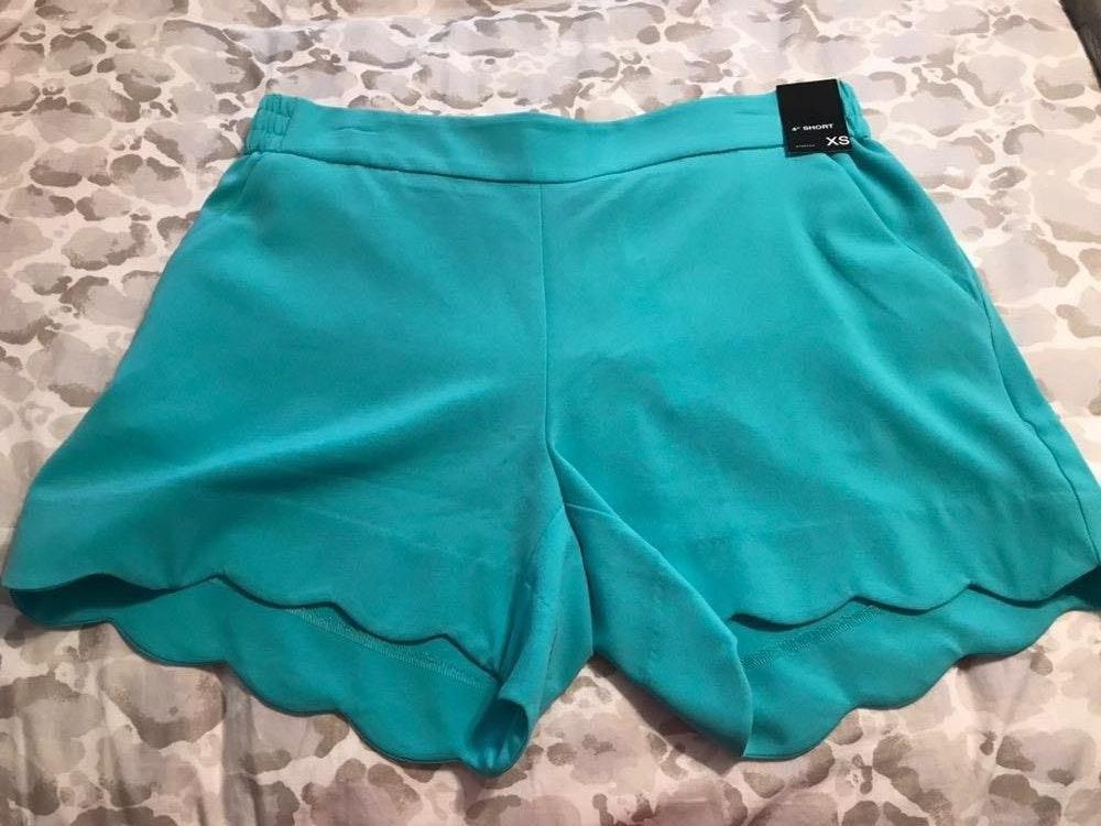 New York & Co. Blue Scalloped Shorts