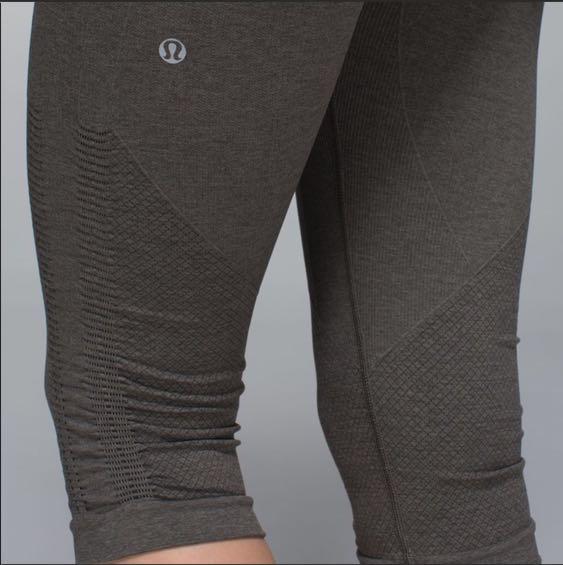 416bc835e Lululemon Seamless Cropped Leggings