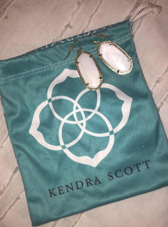 Kendra Scott Marble and gold plated earrings
