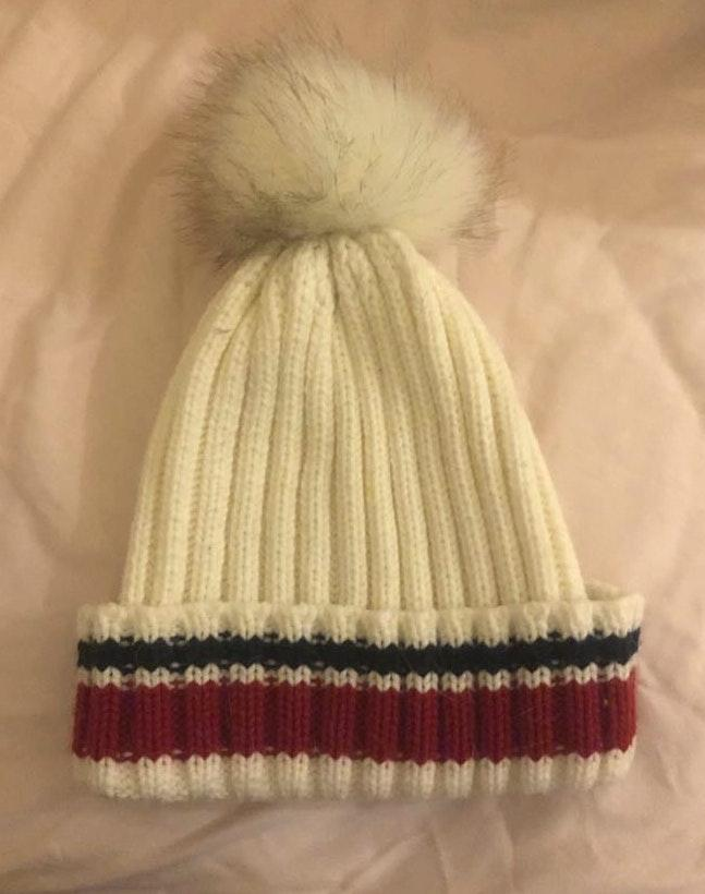 Forever 21 cute winter hat