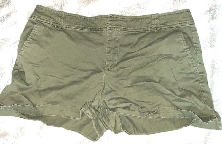 New York & Co. olive green shorts