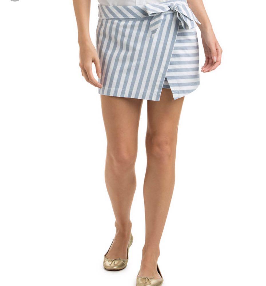 Vineyard Vines Blue And White Striped Wrap Skort Size 8