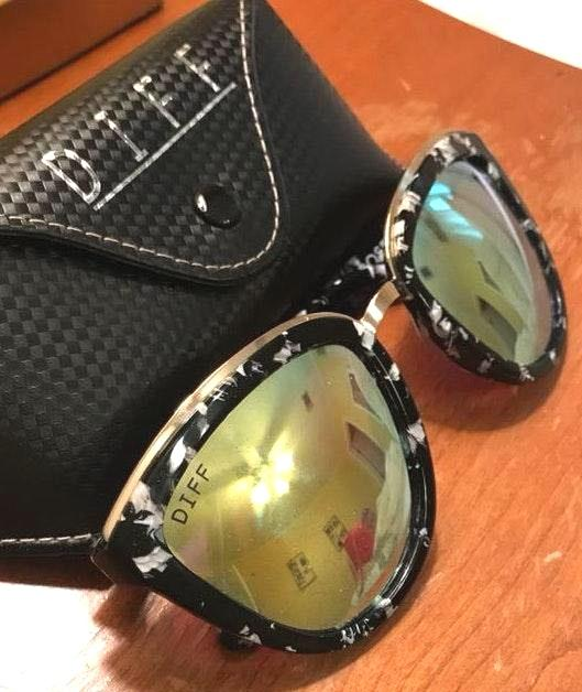DIFF Yellow Lens/Peppered frames