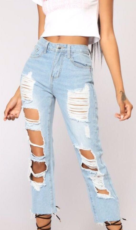 Fashion Nova Light Wash  Jeans