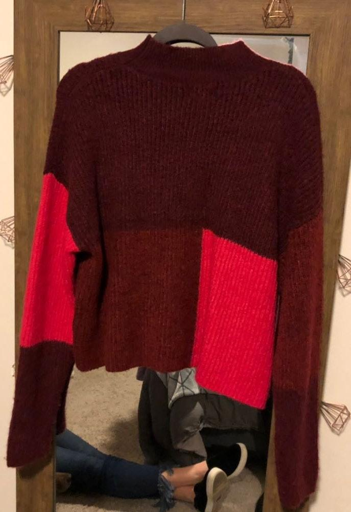 Cropped Turleneck Sweater