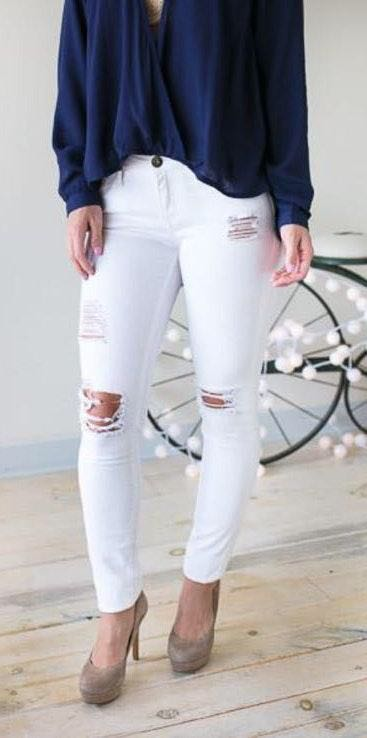 Lotus Boutique White Distressed Skinny Jeans