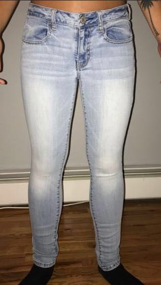 American Eagle Outfitters AE Light Wash Jeans