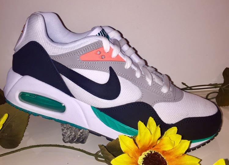 Nike Women Air Max Correlate