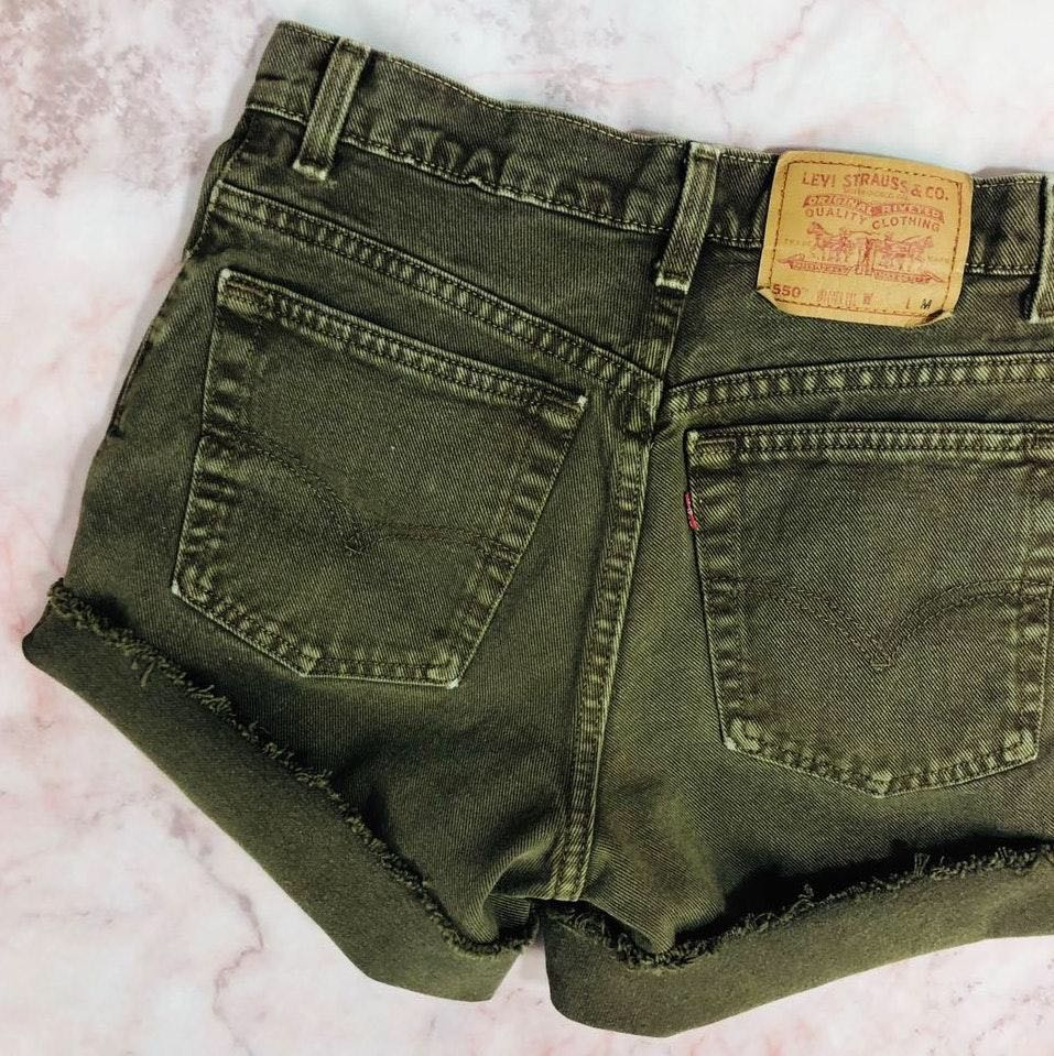 Levi's Vintage Levis 550 High Rise Relaxed Cutoff Denim Mom Shorts
