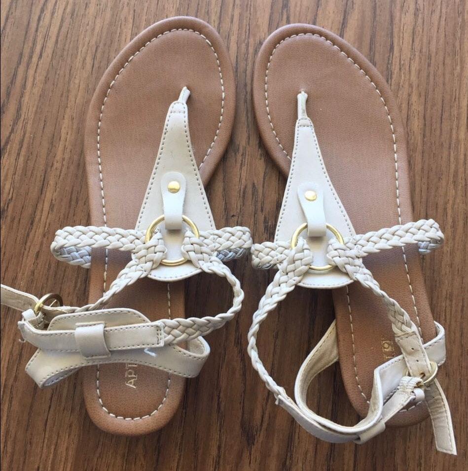 Apt. 9 Cute Sandals