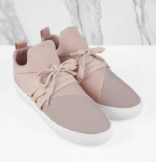 b5935856f85558 We re the buy sell app for cute clothes. Say to being bored of your  clothes. Home Steve Madden Pink Lancer Sneakers