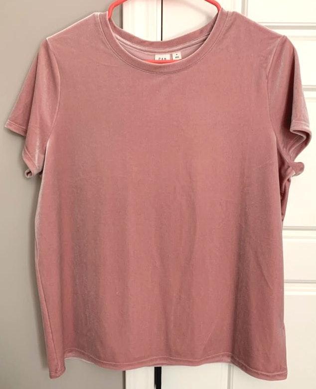 Gap velvet pink top