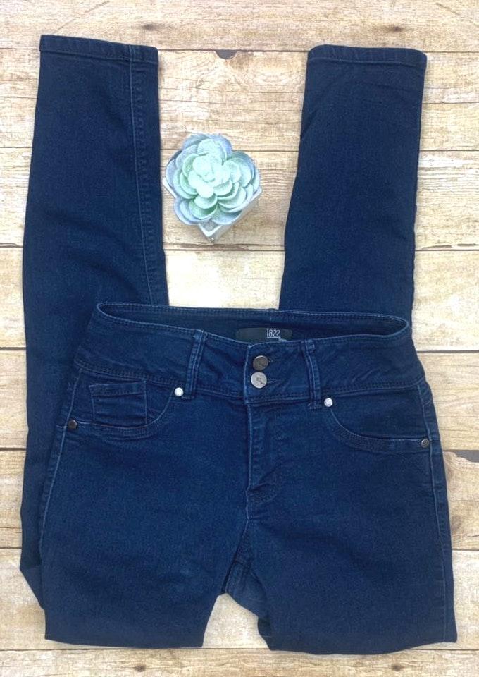 1822 Denim super skinny stretchy jean pants