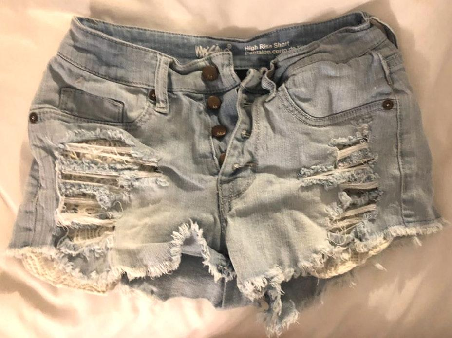 &merci jean shorts