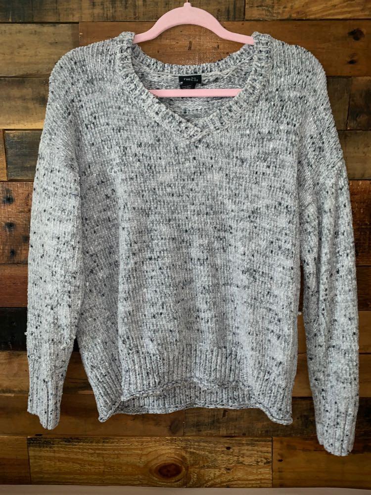 0542ca7e5e Rue 21 Gray Speckled Sweater