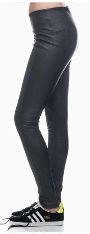 GBTSO Black Leather Leggings
