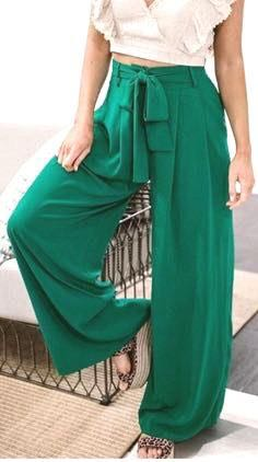 Lizard Thicket High Waisted Flowy Pants