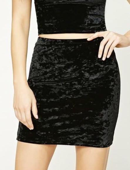 e72aafe3a5 We're the buy/sell app for cute clothes. Say to being bored of your clothes.  Home Forever 21 Black Velvet ...