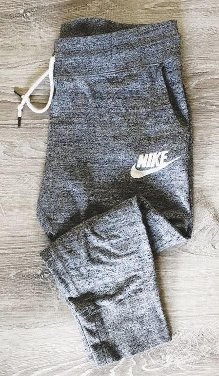 Nike Vintage Cropped Pants