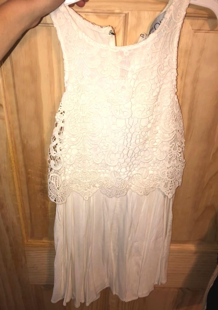 Xenia Floral White Flowy Dress