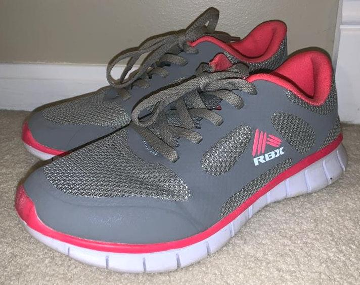 Reebok NEW Grey And Pink Tennis Shoes