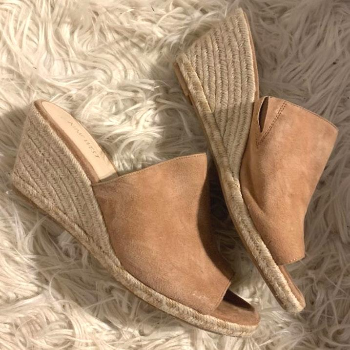 Nine West Tan Suede Wedges