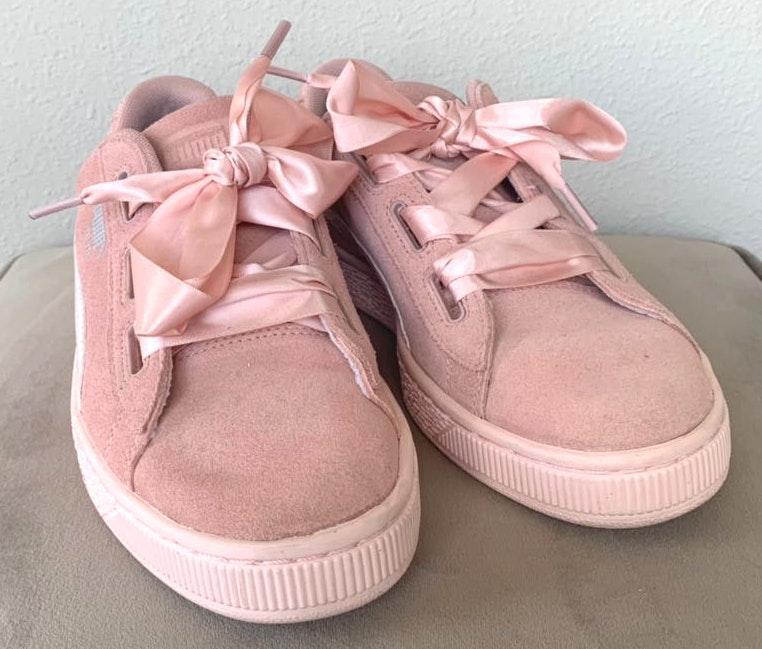 Puma pink  ribbon shoes