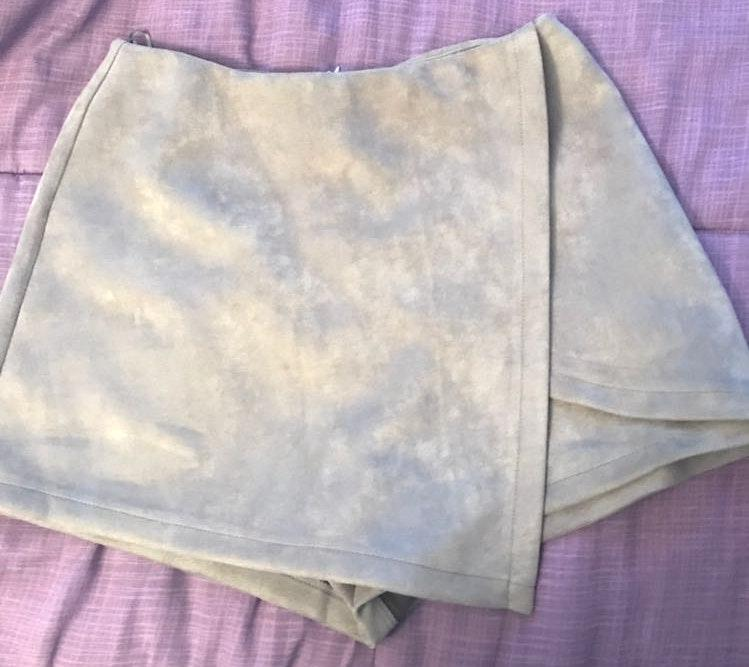Luxxel Grey Suede Skirt