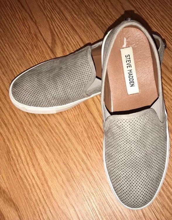 Steve Madden Grey Sneaker