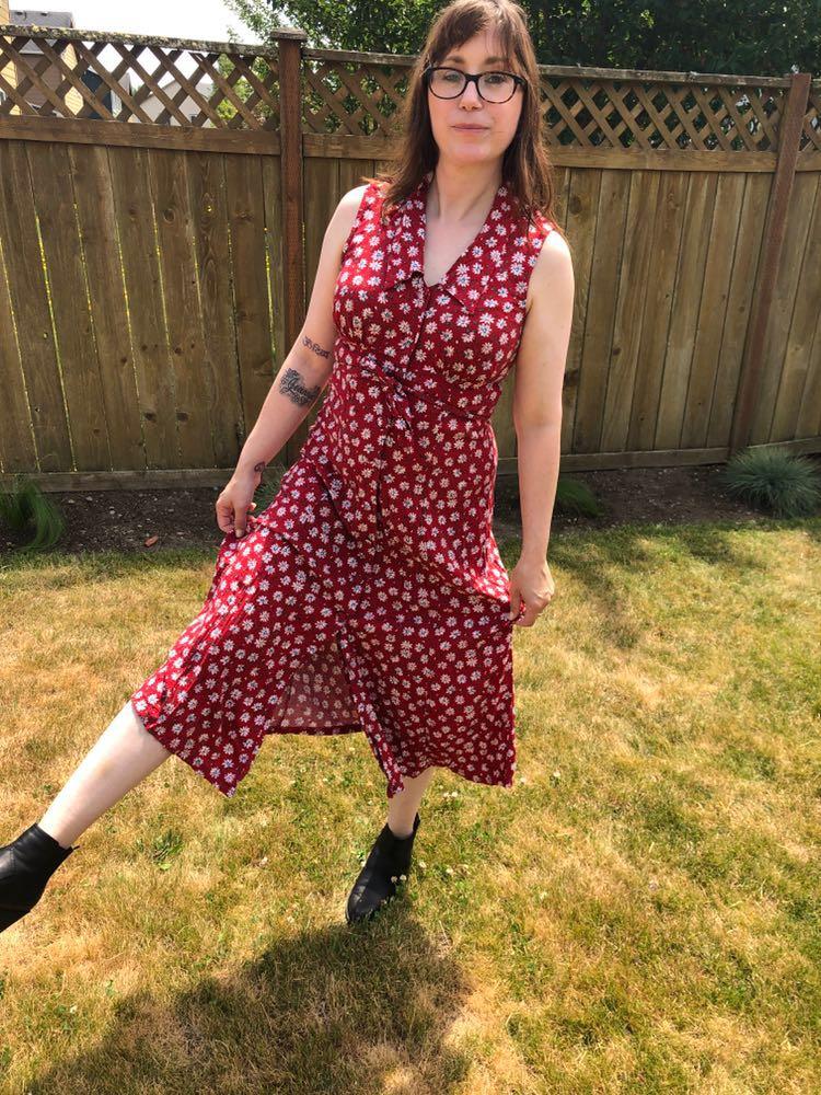 Vtg Red Daisy Summer Dress