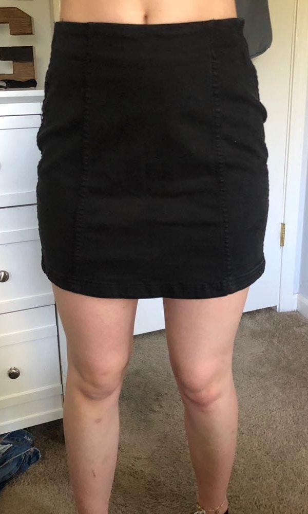 Tilly's black denim skirt