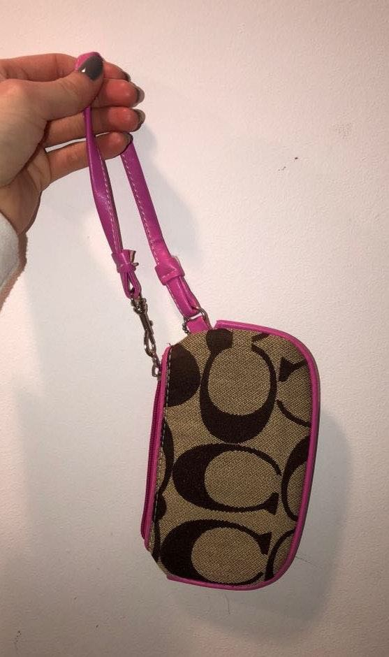 Coach Zipper Wallet/purse/ Bag