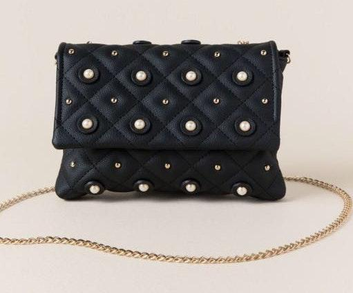 Francesca's Easton Quilted Pearl Crossbody