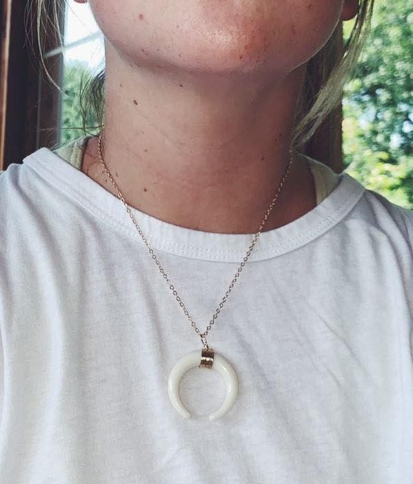 White Horn Pendant Choker Necklace