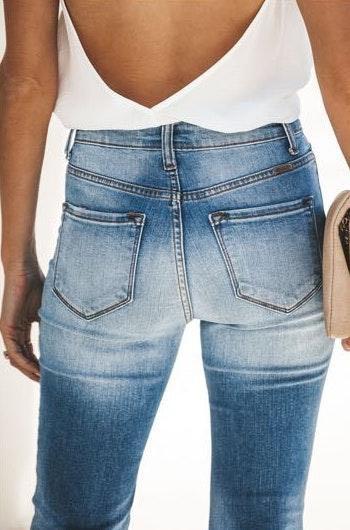 VICI Light Wash Skinny Jeans