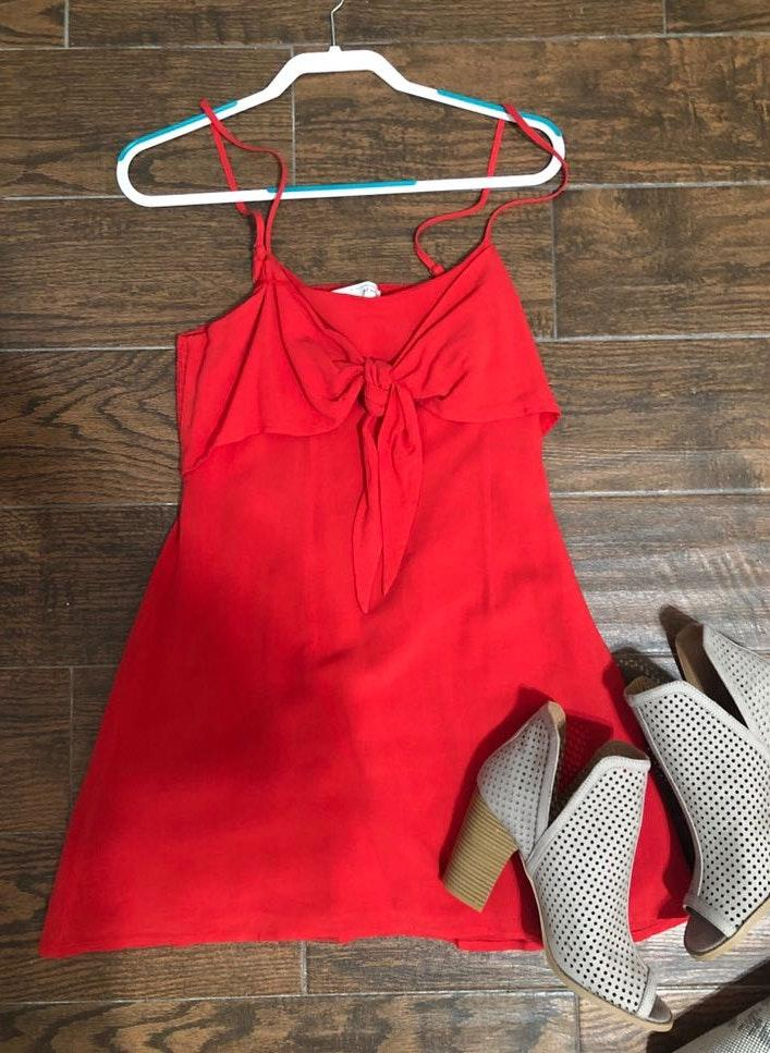 276dd216afb We re the buy sell app for cute clothes