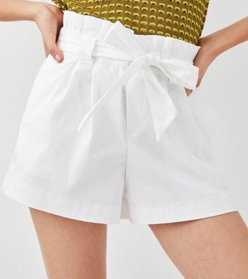 WHITE bow Shorts