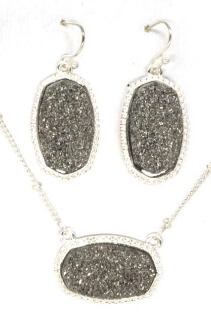 Necklace And Earring Gray Crystal